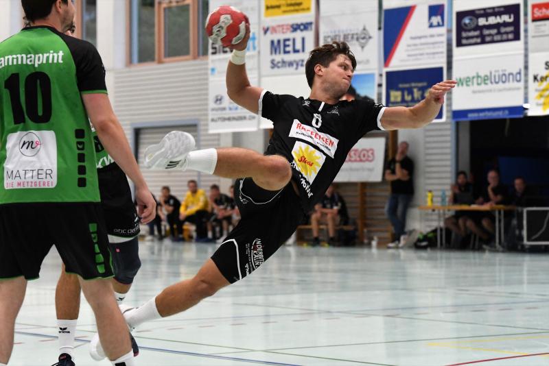 Neben Best-Player Pascal Gwerder erzielte auch Alex Suter neun Treffer. (Bild: Andy Scherrer)
