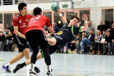 Best-Player Alex Suter erzielte acht Treffer, musste sich mit seinem Team aber leider trotzdem dem Leader Chênois Genève geschlagen geben. (Bild: Andy Scherrer)